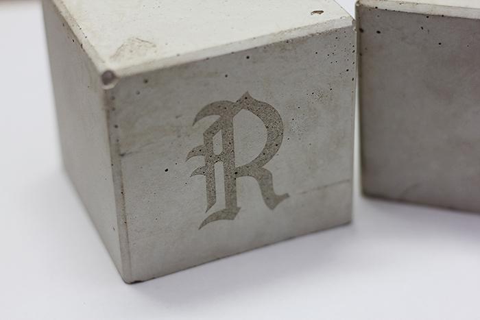 Lasergravur auf Beton