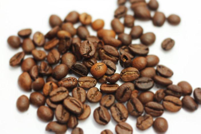 Präzisionsgravur auf Kaffeebohnen - Promotionbilder
